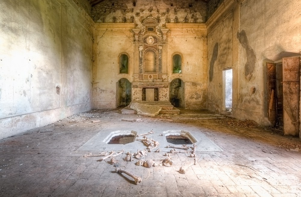 Красивые заброшенные здания Италии (8)