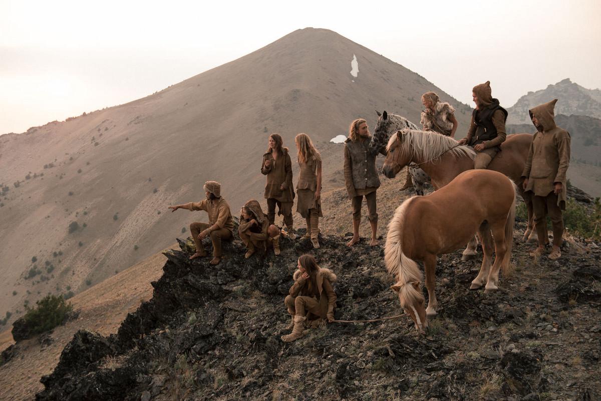 Назад в палеолит_ охотники_собиратели 21_го века в фотопроекте «Живущие дикими» 3