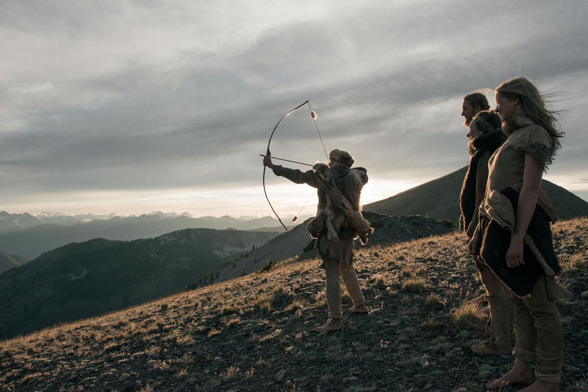 «Живущие дикими»: современные охотники-собиратели в фотопроекте Килия Юяна