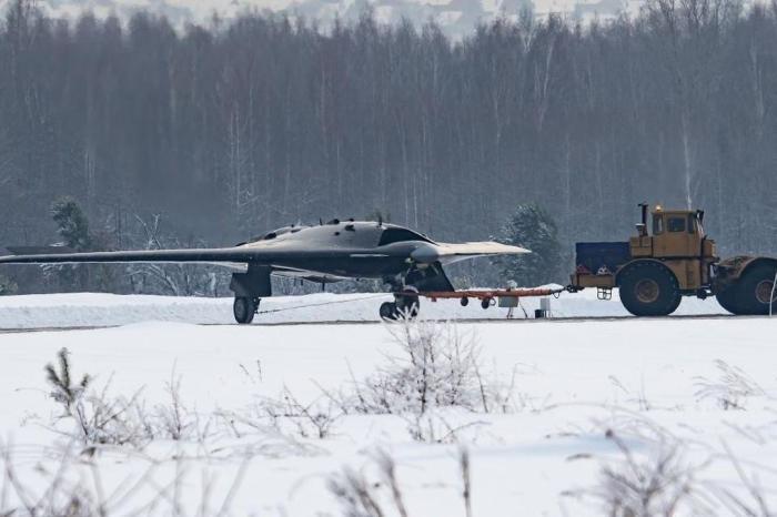 Такого нет даже в США_ в России построили сверхзвуковой беспилотник с технологией _стелс_ (1)