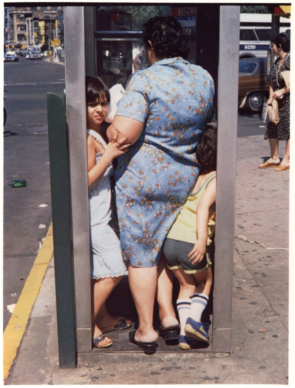 Уличная жизнь Нью_Йорка с 1930_х до 80_х годов в фотографиях Элен Левитт 1