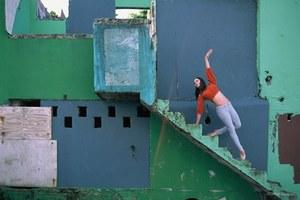 Душераздирающие фото танцоров балета в разрушенном ураганом Пуэрто-Рико