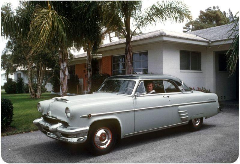 Американцы и их стильные автомобили в 50_е годы (11)