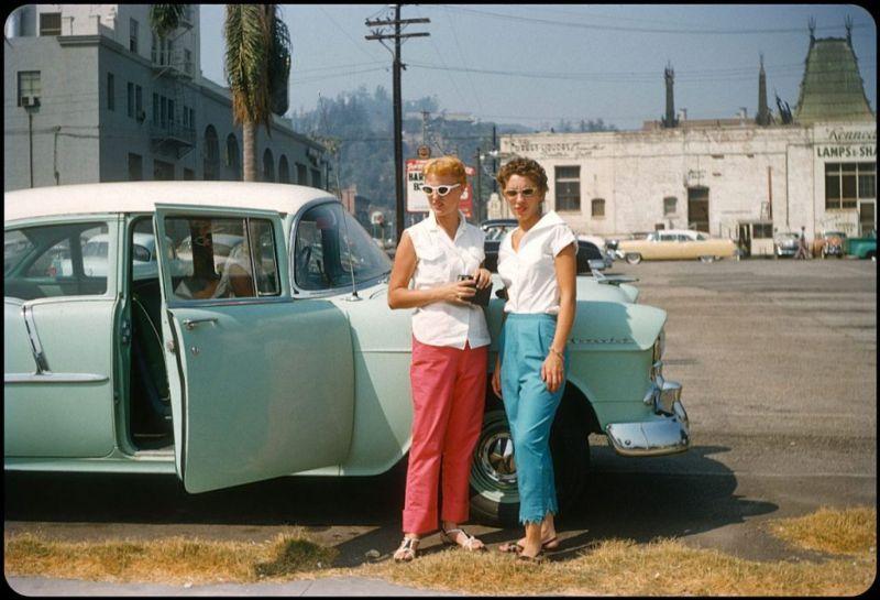 Американцы и их стильные автомобили в 50_е годы (3)