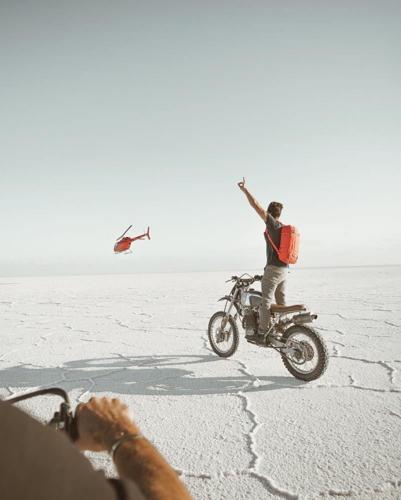 Автомобили и мотоциклы на снимках Аарона Бримхолла (15)