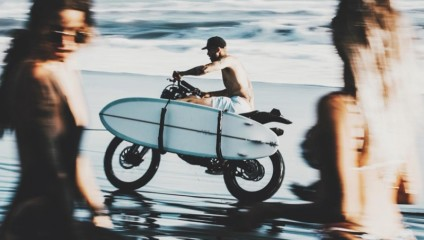 Драйв и мощь: самолеты, мотоциклы и автомобили на фото Аарона Бримхолла
