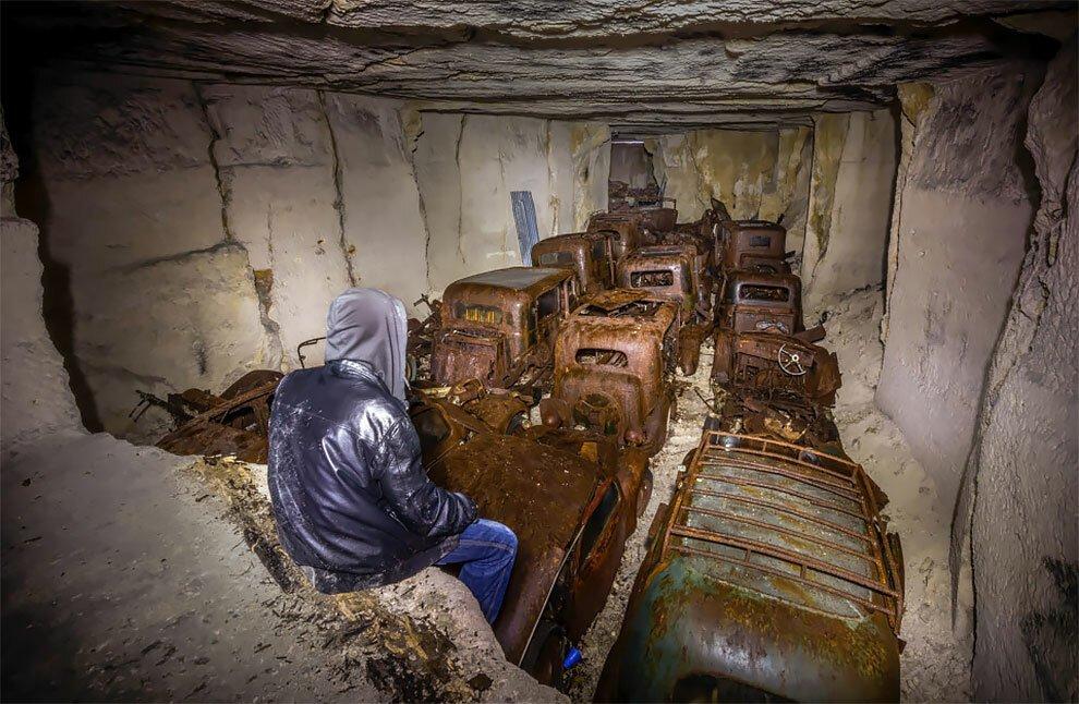 Бельгиец обнаружил кладбище автомобилей времен Второй мировой войны (10)