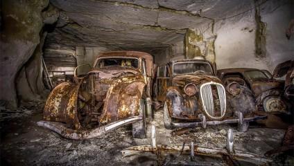 Забытые автомобили: фото из тайника времен Второй мировой войны