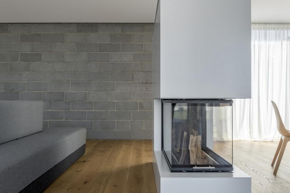 «Бетонный оазис»_ современный одноэтажный особняк в Литве (9)