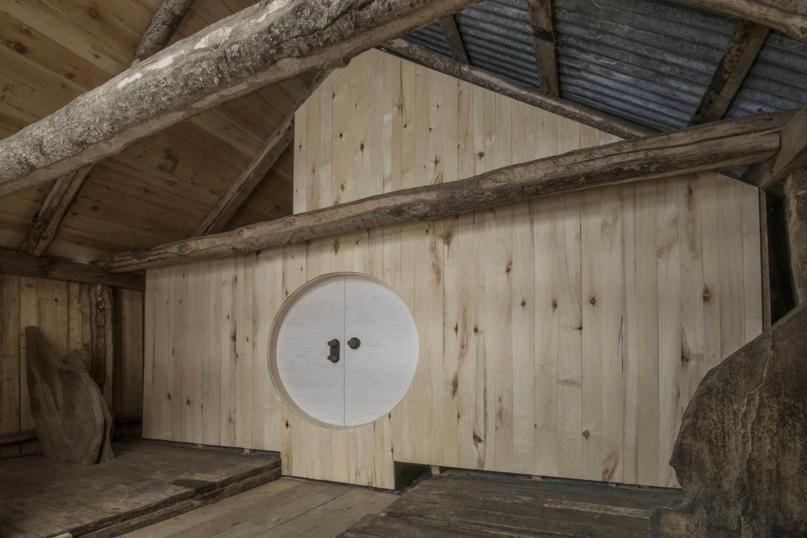 Домик из старого сарая в Норвегии (5)