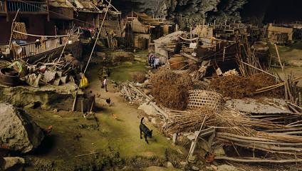 В Китае 100 человек живут в пещере: фото самой необычной деревни