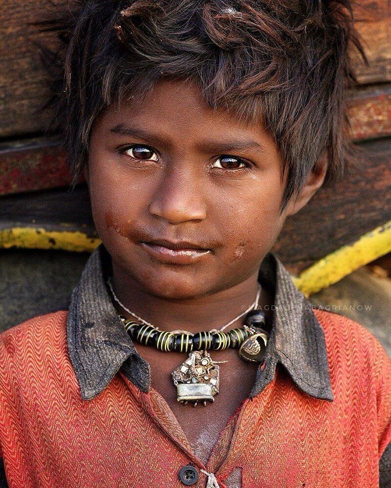 Гипнотические портреты из Индии_ от которых невозможно оторвать взгляд_51 фото_ (12)