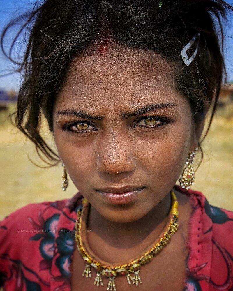 Гипнотические портреты из Индии_ от которых невозможно оторвать взгляд_51 фото_ (13)
