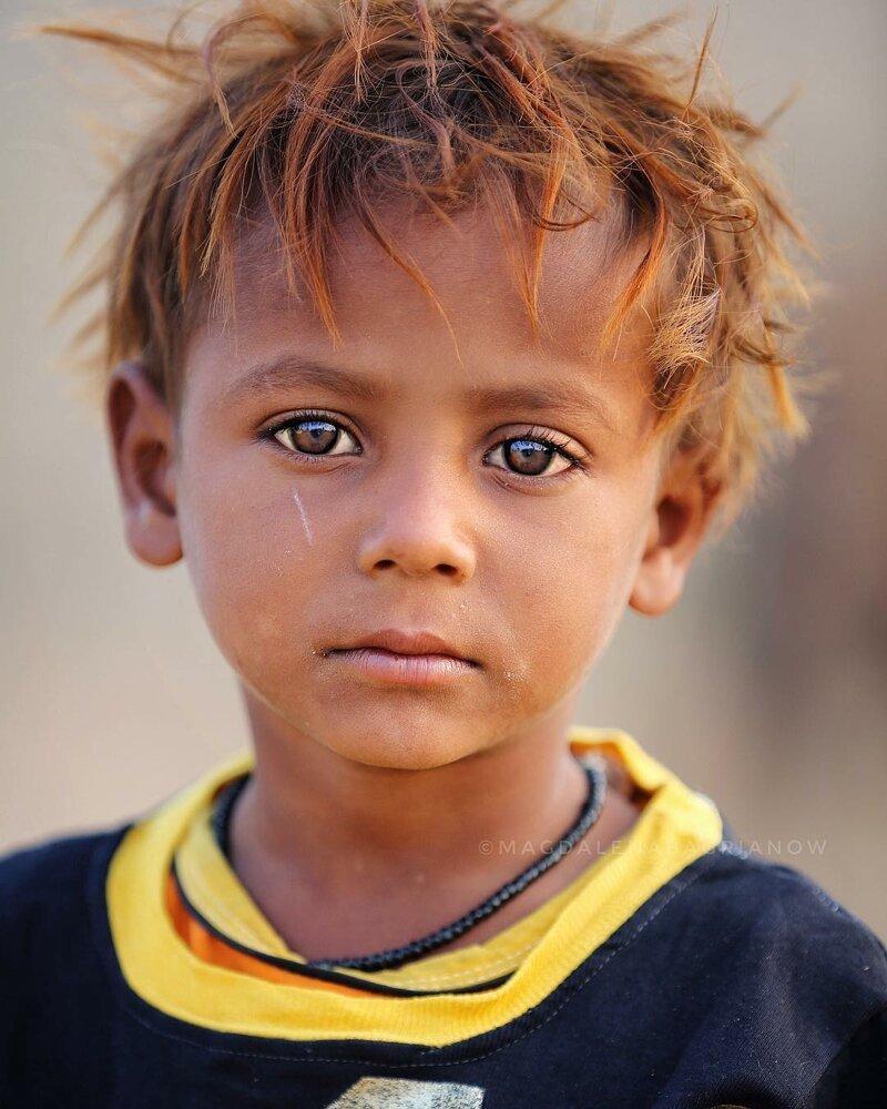 Гипнотические портреты из Индии_ от которых невозможно оторвать взгляд_51 фото_ (9)