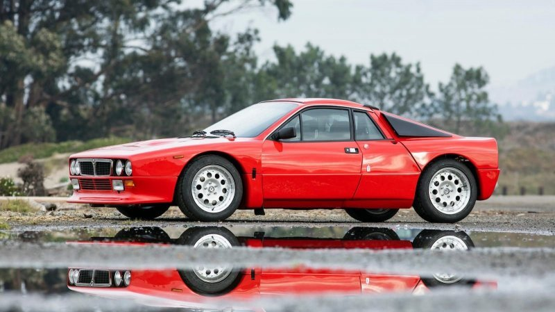 Lancia Rally 037 Stradale_ построенная в начале 80_х для чемпионата мира по ралли_20 фото_ (1)