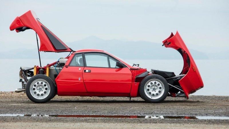 Lancia Rally 037 Stradale_ построенная в начале 80_х для чемпионата мира по ралли_20 фото_ (12)