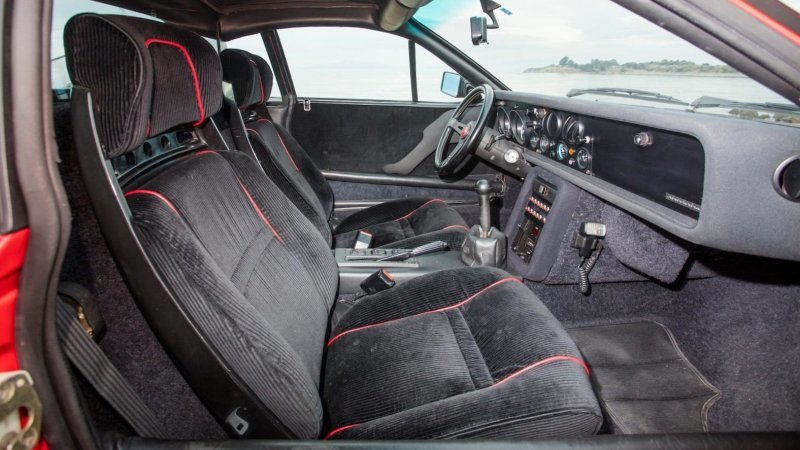 Lancia Rally 037 Stradale_ построенная в начале 80_х для чемпионата мира по ралли_20 фото_ (5)