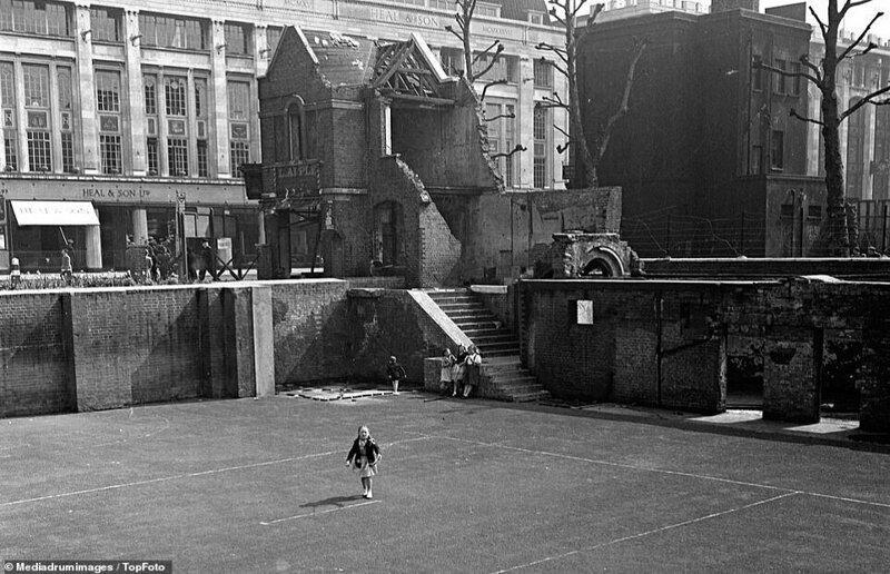 Лондонский блиц_ как британцы оправлялись от бомбежек нацистской Германии_19 фото _ 2 тянучки_ (1)