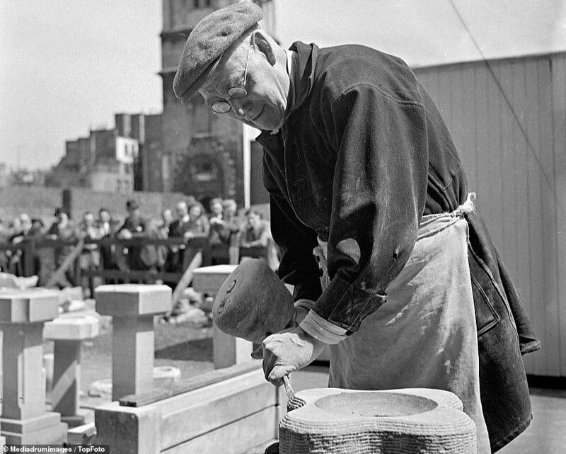 Лондонский блиц_ как британцы оправлялись от бомбежек нацистской Германии_19 фото _ 2 тянучки_ (7)