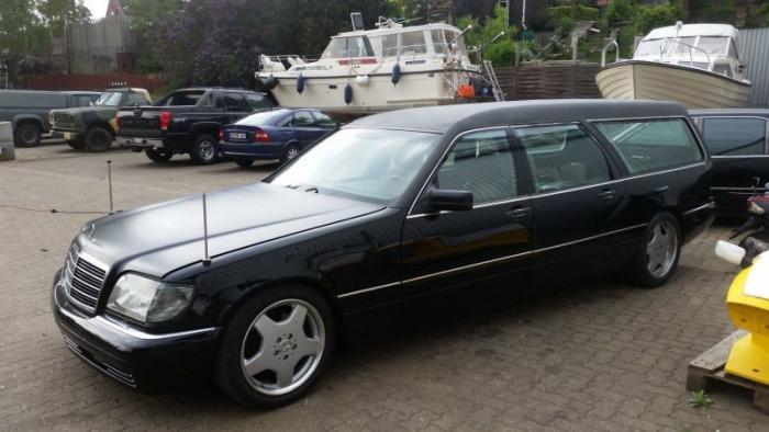 Mercedes_Benz W140 превратили в катафалк с кожаной крышей (4)