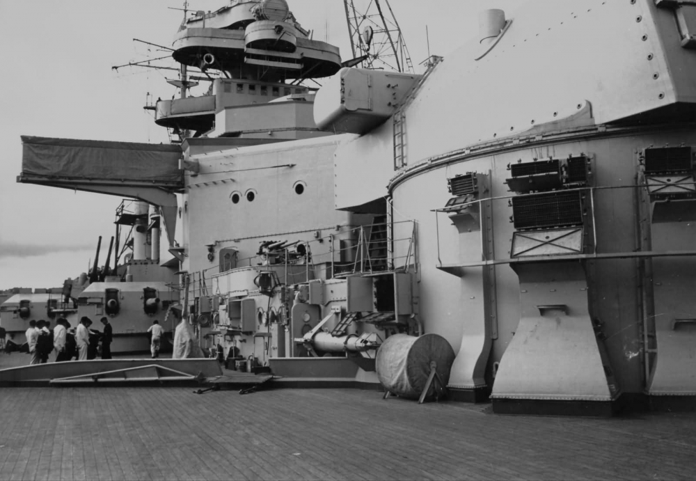 На палубе нового германского линкора_ 1940 год (1)
