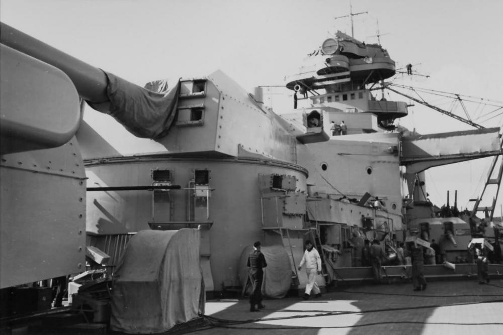 На палубе нового германского линкора_ 1940 год