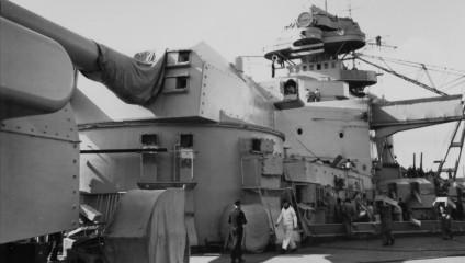 Архивные фото 1940 года с палубы немецкого линкора