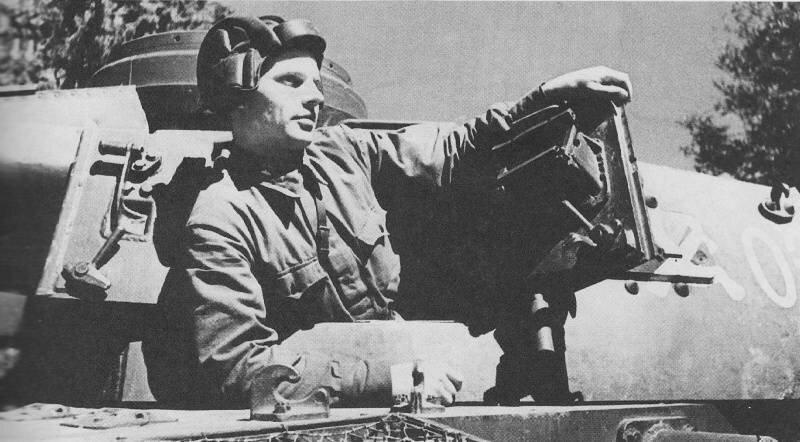 Немецкий средний танк T_III. Памятка бойцу РККА_17 фото_ (11)