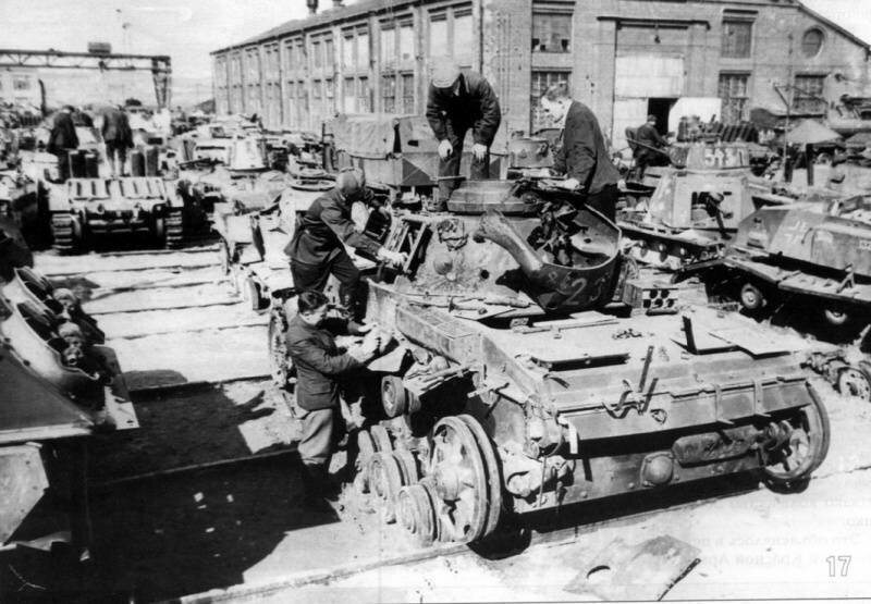 Немецкий средний танк T_III. Памятка бойцу РККА_17 фото_ (13)