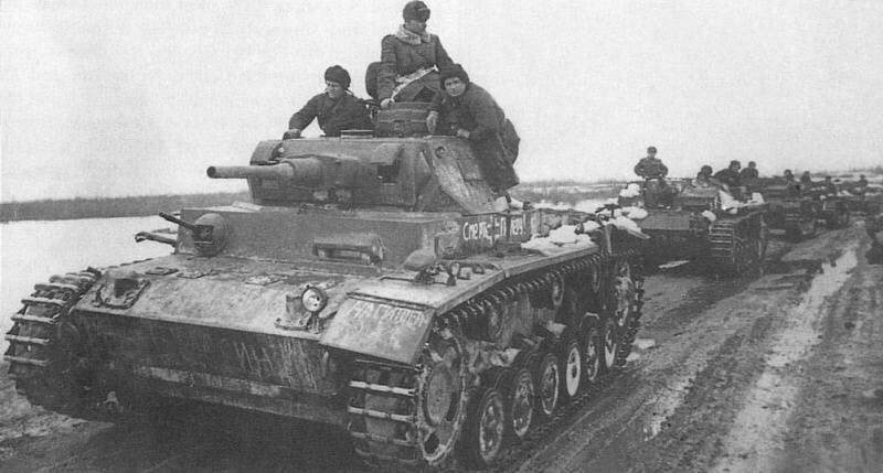 Немецкий средний танк T_III. Памятка бойцу РККА_17 фото_ (15)