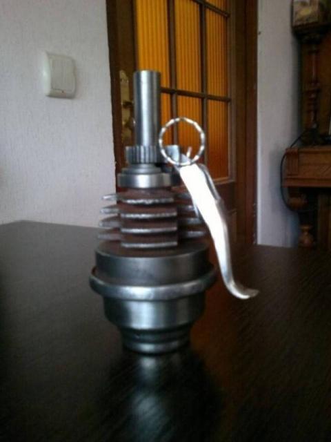 Статуэтки из металлических предметов своими руками (18)