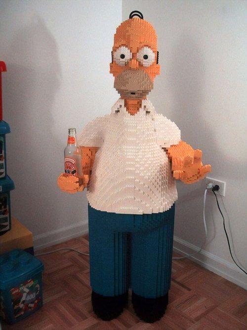 LEGO-искусство: невероятные скульптуры из детского конструктора