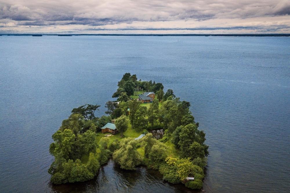 В Канаде продается живописный остров за _520 000 (2)