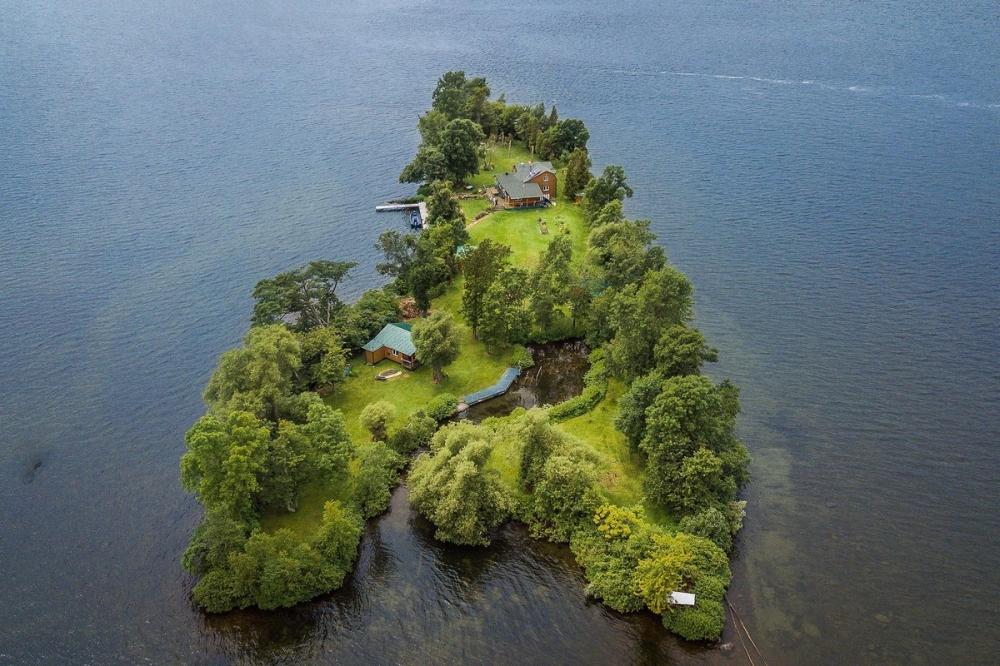 В Канаде продается живописный остров за _520 000 (3)