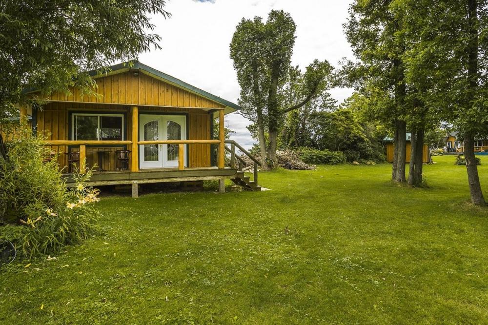 В Канаде продается живописный остров за _520 000 (8)
