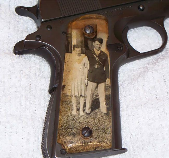 Во время Второй мировой солдаты мастерили рукоятки пистолетов с фото родных (13 фото) (5)