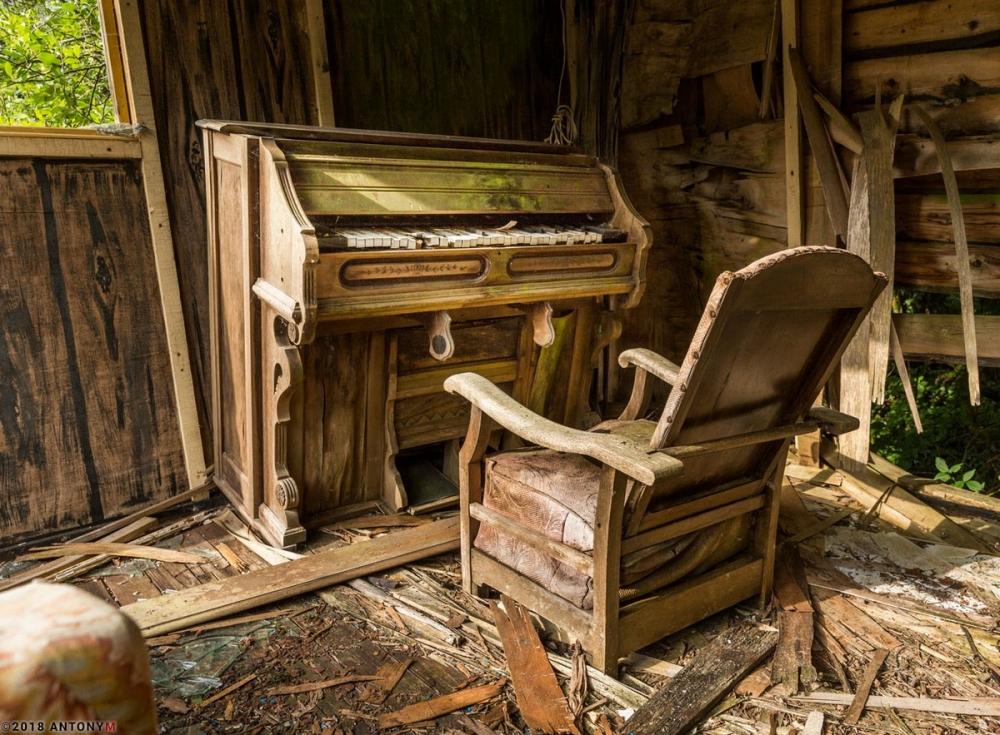 Жуткий заброшенный тематический парк «Дикий Запад» в Корнуолле (5)