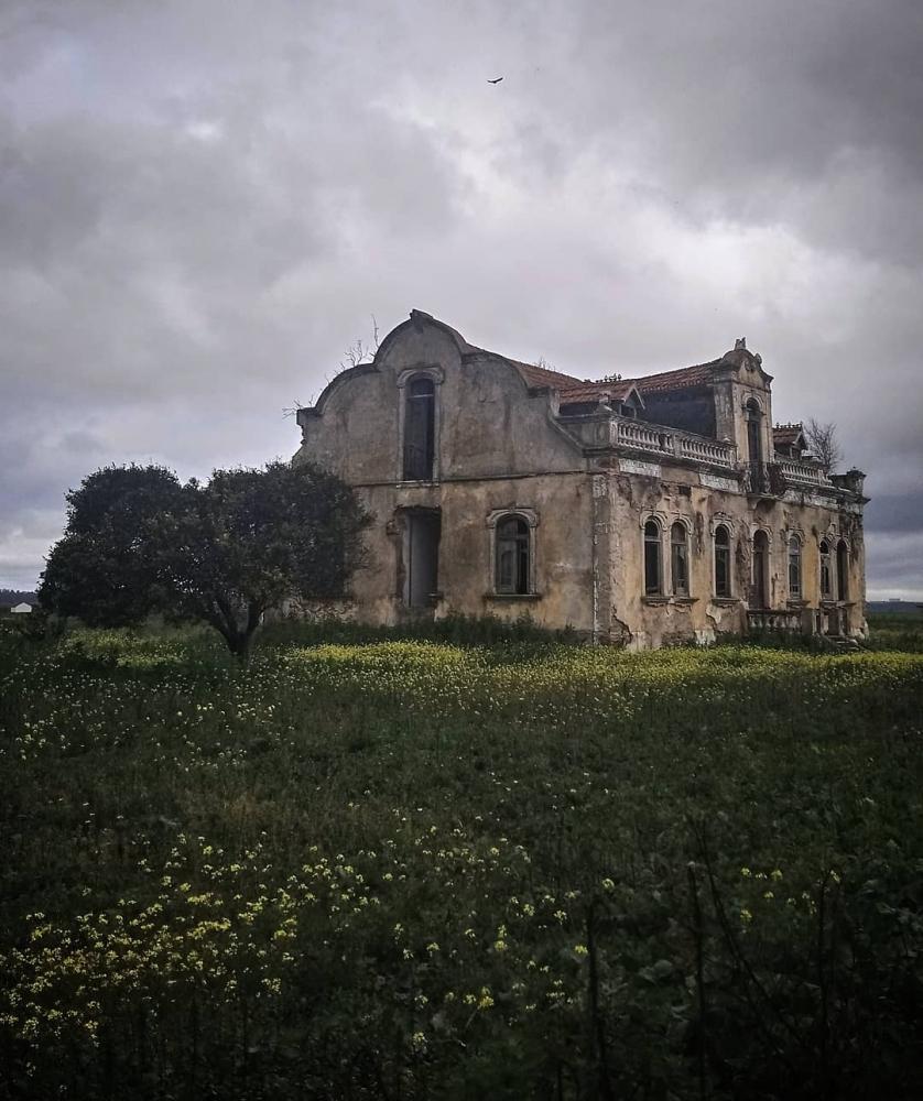 Заброшенная Португалия_ эффектные снимки Пауло Карраскейра (1)