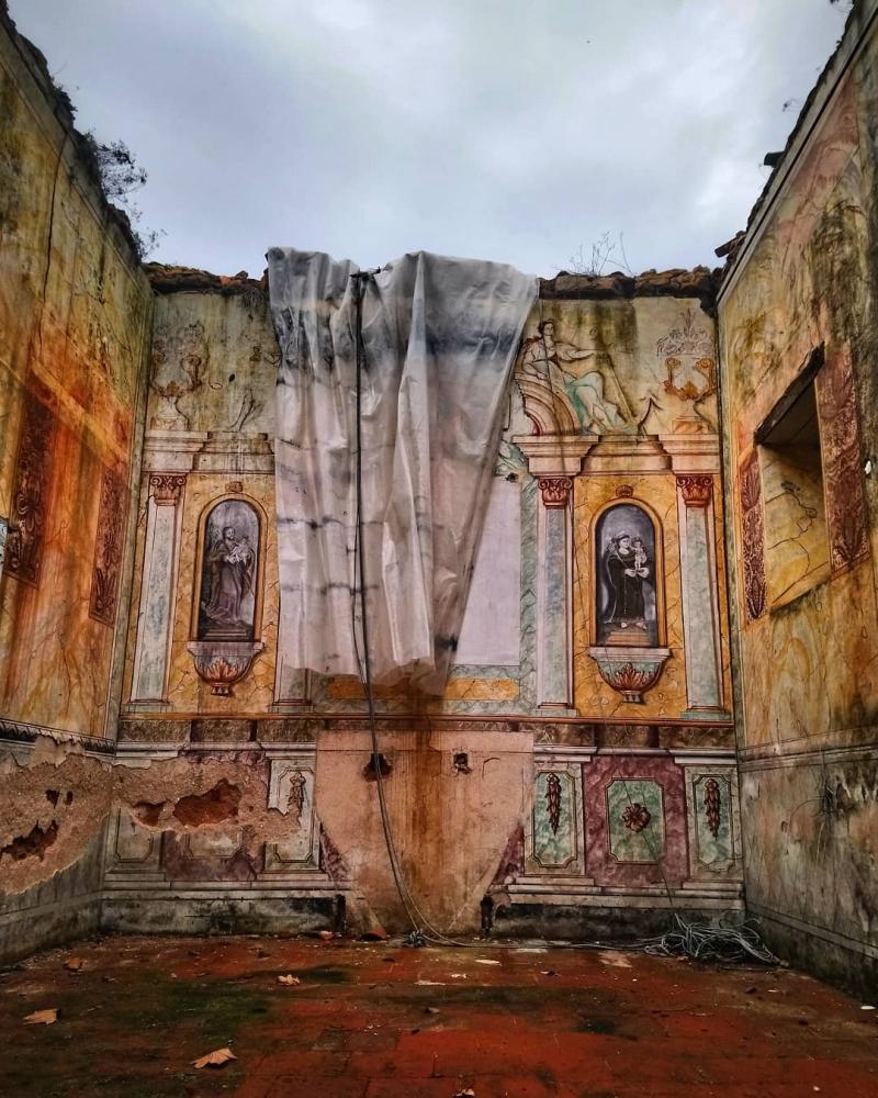 Заброшенная Португалия_ эффектные снимки Пауло Карраскейра (8)