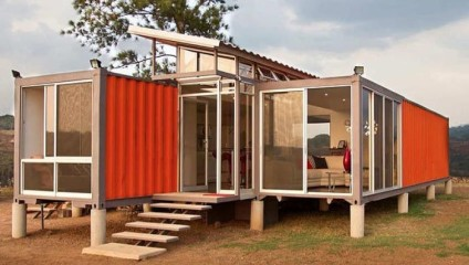 Дом из грузовых контейнеров