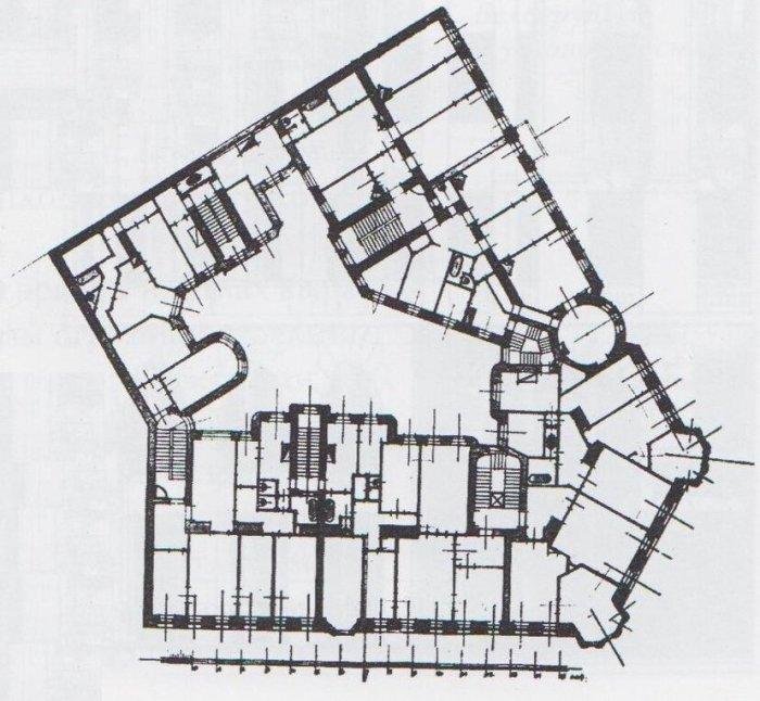 Дом с башнями в Питере_ Здание в стиле английских замков_ которое выдержит даже взрыв фугасной бомбы (5)