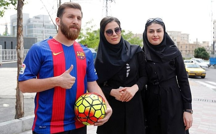 Иранский двойник футболиста Лионеля Месси задержан за нарушение общественного порядка (7 фото) (5)