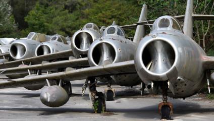 Советские самолеты на отдыхе: фотографии из Киргизии