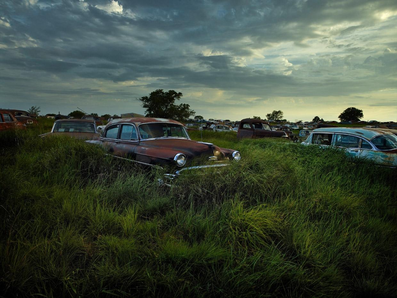 Мистические автомобильные кладбища в разных странах (2)