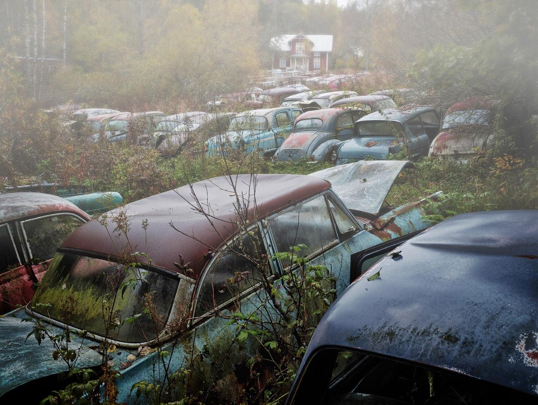 Мистические автомобильные кладбища в разных странах (3)