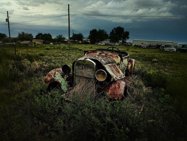 Мистические автомобильные кладбища в разных странах (9)