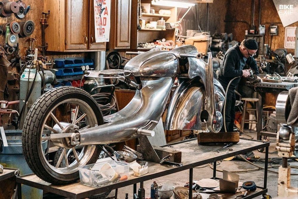 Невероятно красивый мотоцикл_ реплика немецкого Killinger und Freund в стиле арт_деко (10)