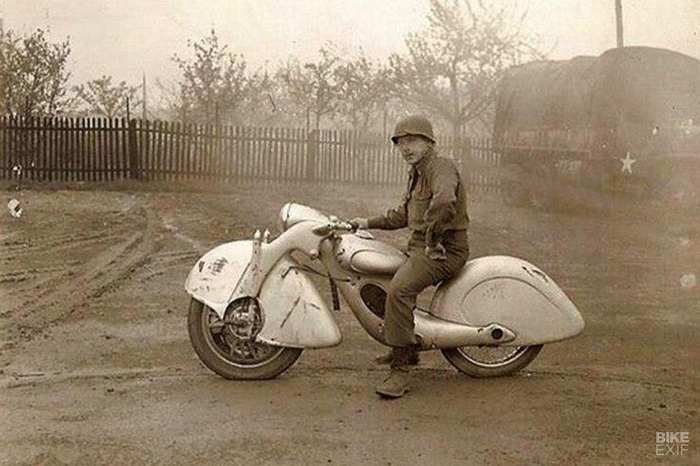 Невероятно красивый мотоцикл_ реплика немецкого Killinger und Freund в стиле арт_деко (3)