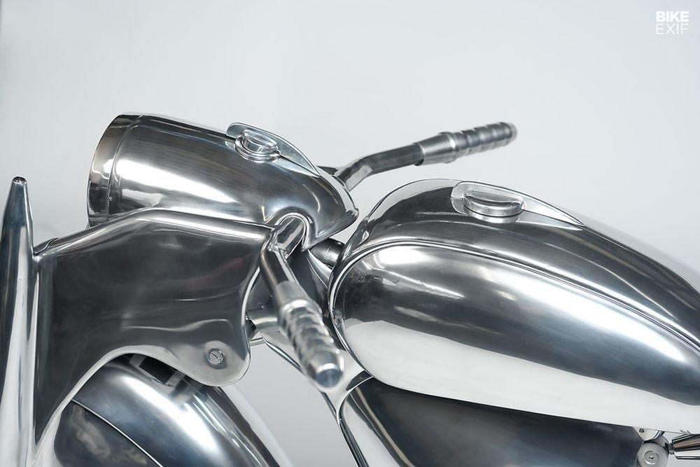 Невероятно красивый мотоцикл_ реплика немецкого Killinger und Freund в стиле арт_деко (6)