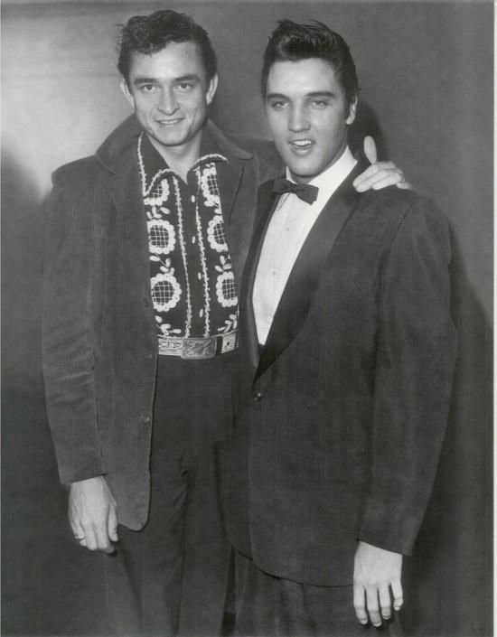 Джонни Кэш и Элвис Пресли, 1956 год.